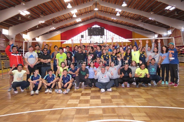 Liga de Voleibol Damas y Varones (3)